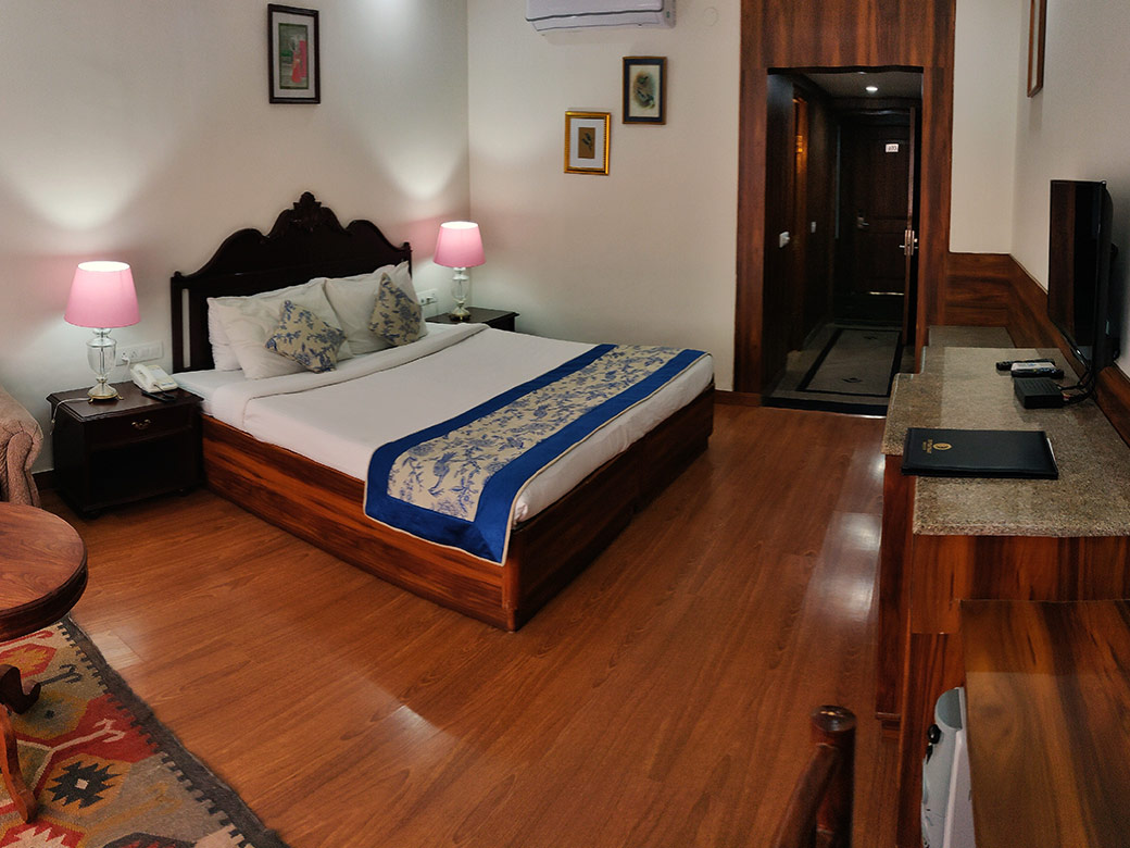 Best Palace To Stay In Bharatpur