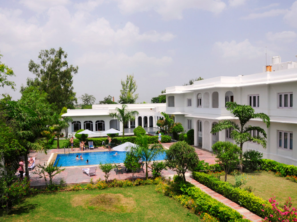 Luxury Hotel In Bharatpur